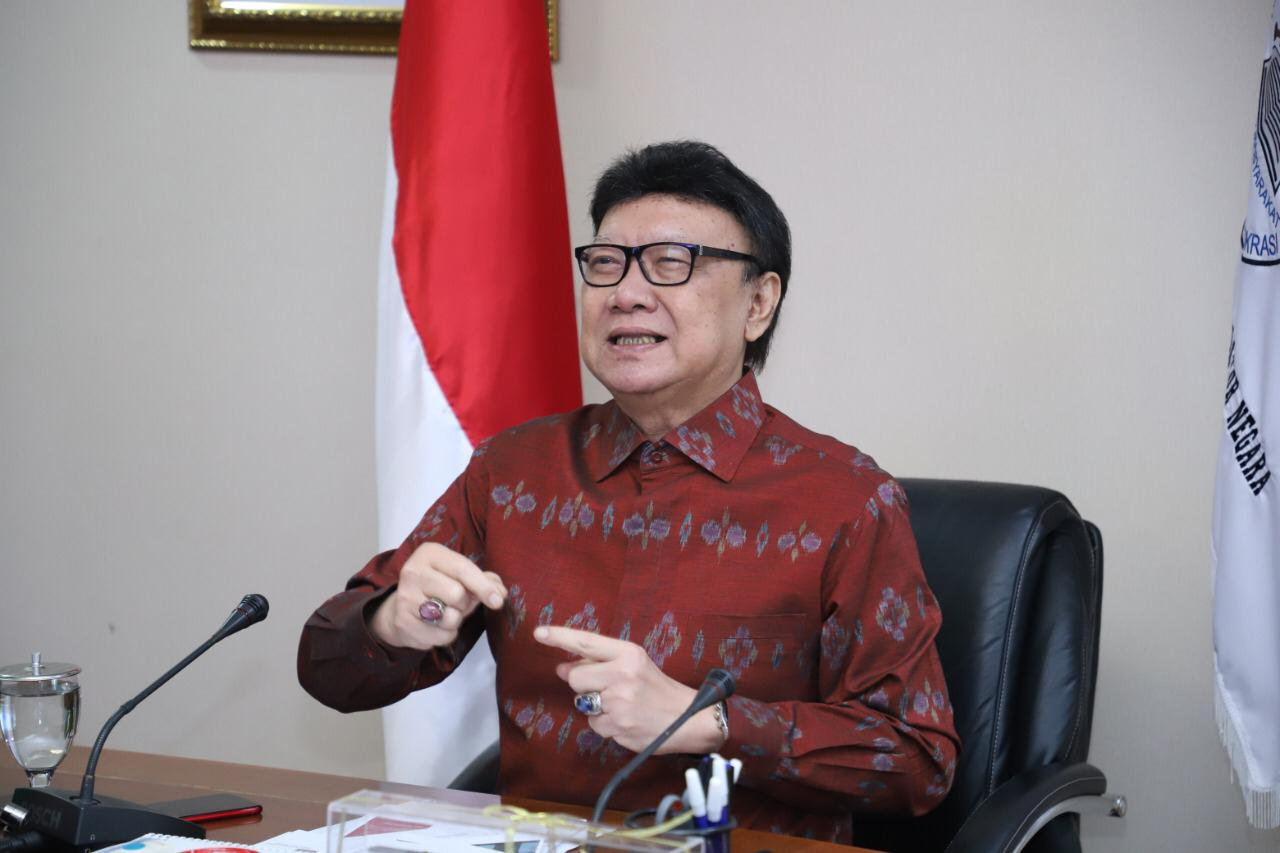 Menteri_Tjahjo
